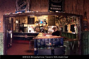MB169-Broadarrow-Tavern-WA-main-bar