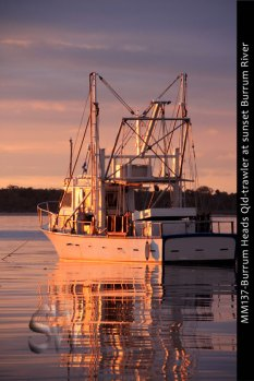 MM137-Burrum-Heads-Qld-trawler