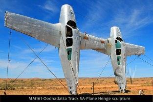 MM161-Oodnadatta-Track-SA-Plane-Henge-sculpture