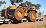 HUGE wide load, Coolgardie
