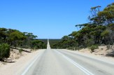 Eyre-Hwy-long-road-east