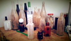 Koonalda-Homestead-overseer-hut-bottles