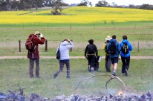 Walkers head off after lunch to Bungaree