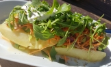 Baked potato with tuna, rocket & blue cheese,