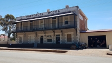 Booyoolee Hotel in Gladstone